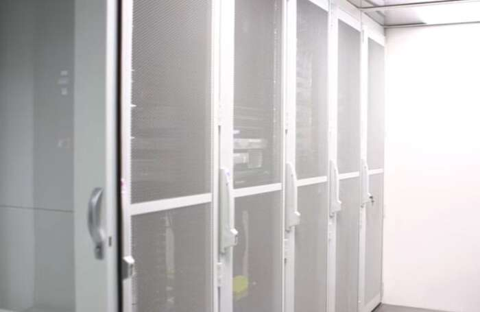 Why Businesses Should Have a Server Room System