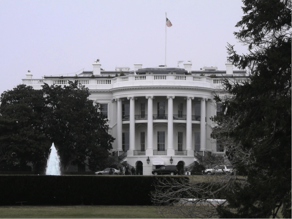 political uncertainty us business market 2018. Image by Donna Williams from Pixabay