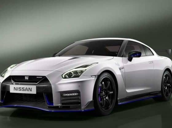 nissan gtr 2019 Image by nissan.