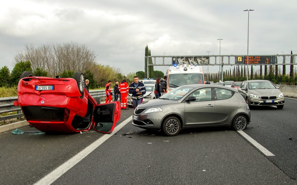 car accident. Image by Valter Cirillo from Pixabay