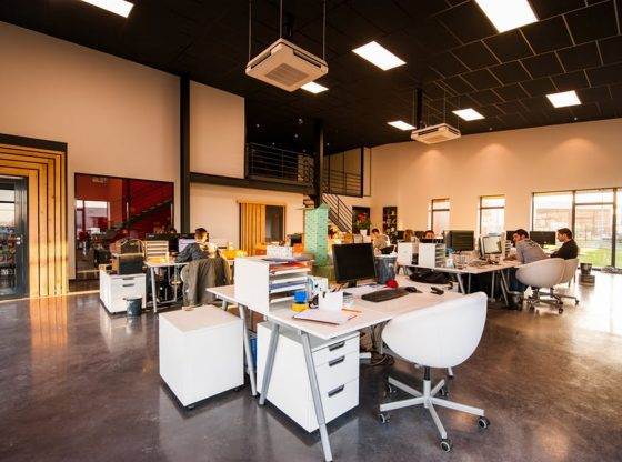 Don't Rush into a Commitment: 7 Benefits of Renting Small Business Office Space 1