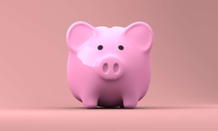 personal loan. Image by 3D Animation Production Company from Pixabay